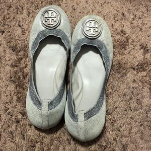 Tory Burch sparkly silver ballet flats✨